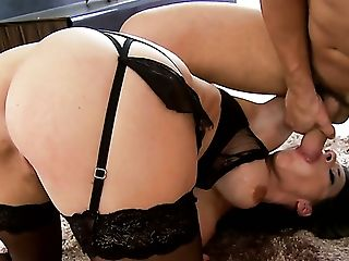 Milf is too hot to stop taking love wand in the ass