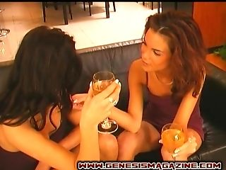 Anetta Keys opens her legs for a lesbian fuck with a hot babe