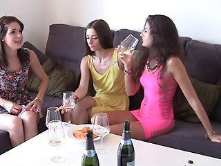 Chica, Mamada, Morena, Carol Vega, Colegio, Tierna, Facial, Sexo Grupal, Gran Pito, Nessa Shine,