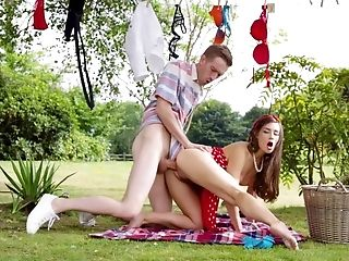 Exclusive picnic hardcore with slutty Cassidy Klein