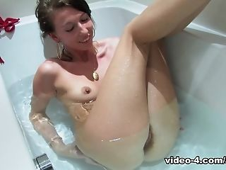 Fabulous pornstar in Incredible Solo Girl, Showers xxx clip