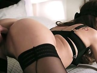 Emma Marx has a habit of sucking her BF's dick while being blindfolded