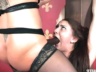 Class fine ass chick Mandy Muse gets wildly face fucked