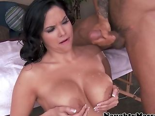 Busty babe pussylicked by asian masseuse