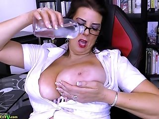 Extremely huge boobs got oiled and set free by lusty chubby grandma