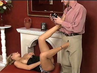 Cindy hope gets her toes licked and her cunt fucked by the fire place